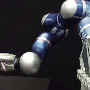 Robot Pikiran