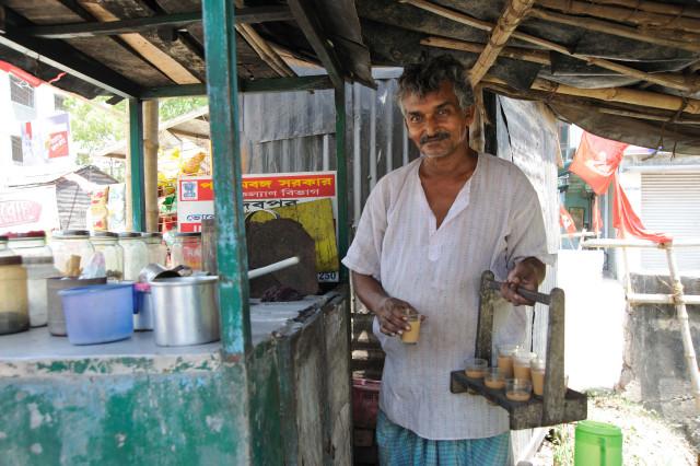 Penjual Teh di Kedai