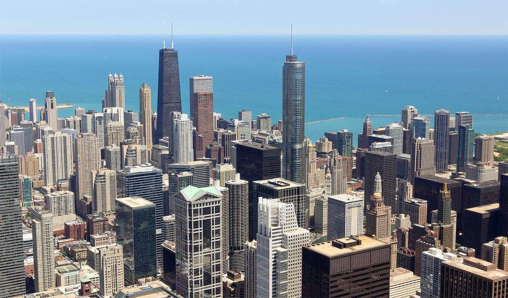 Transparent Balcony of floor 103 in Chicago 8