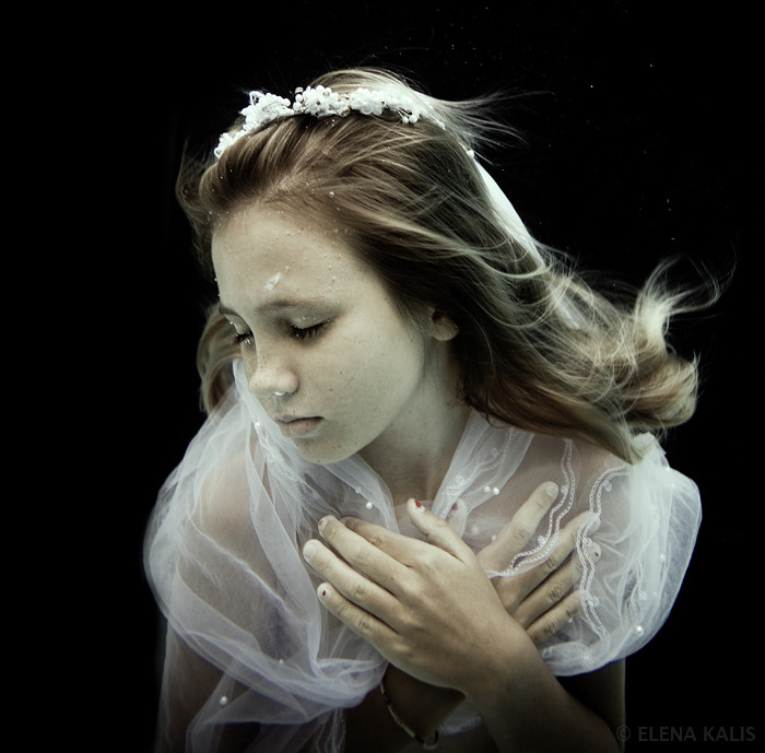 Elena Kalis Underwater Photography (15)