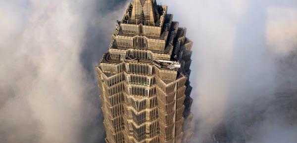 The Sky City: Rangkaian Foto Gedung Pencakar Langit Ikonik di Shanghai