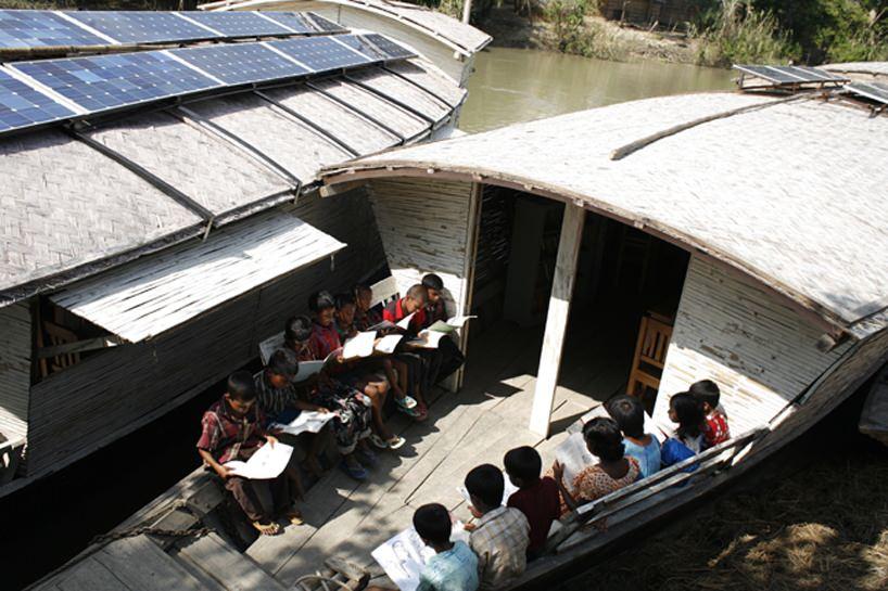 Belajar Diatas Air ! Inovasi Baru Dunia Pendidikan [ www.Up2Det.com ]