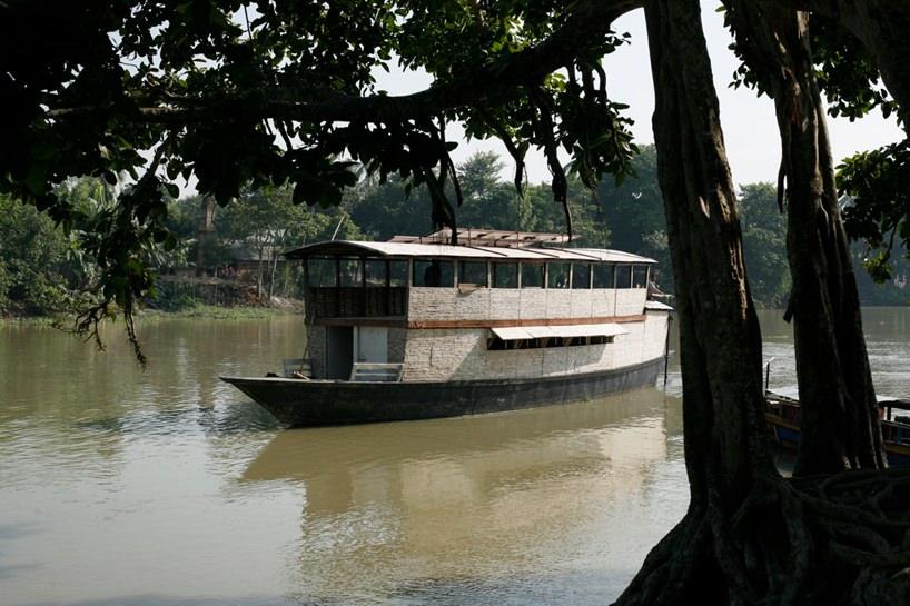 sekolah di atas perahu 7