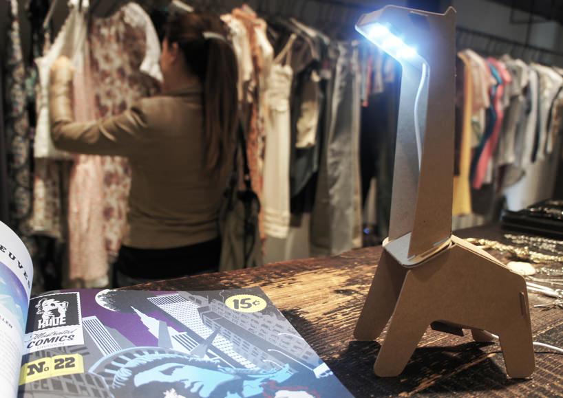produk kreatif dengan kertas karton daur ulang eduardo alesi 7