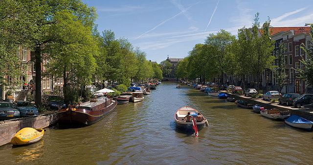 kanal amsterdam 3