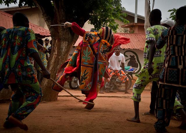 egungun dancer quidah 6
