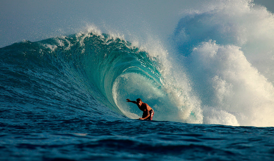 Surfing Mentawai 6