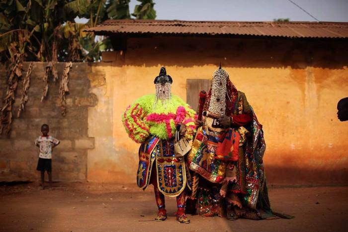 egungun dancer quidah 7