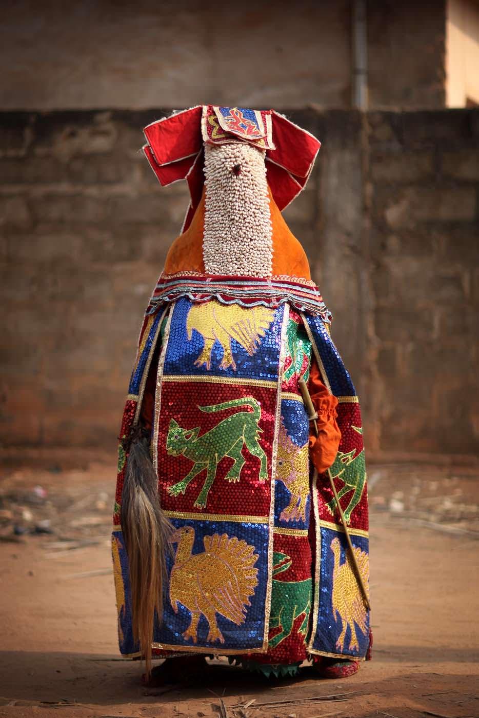 egungun dancer quidah 9