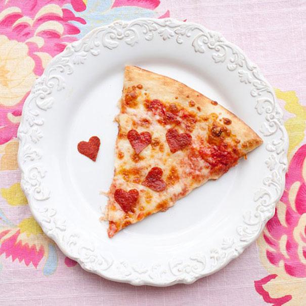 Pizza Hati oleh Onecharmingparty