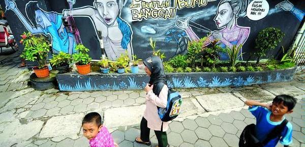 Mural Kampung, Oasis di Tengah-Tengah Komersialisasi Ruang Publik