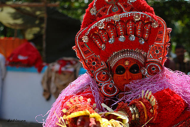 theyyam dance tarian tradisional india 3