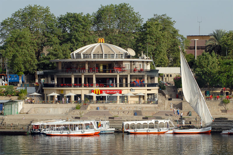 04_McDonalds-on-the-Water-in-Aswan-Egypt