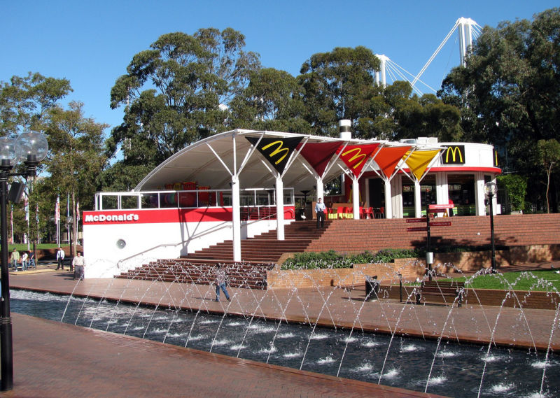 20_McDonalds-in-Darling-Harbour-Sydney-Australia