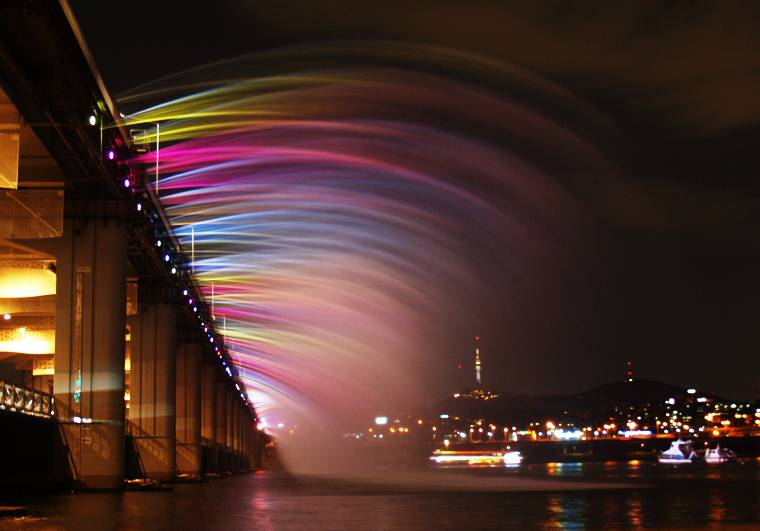 jembatan banpo rainbow moonlight rainbow fountain 8