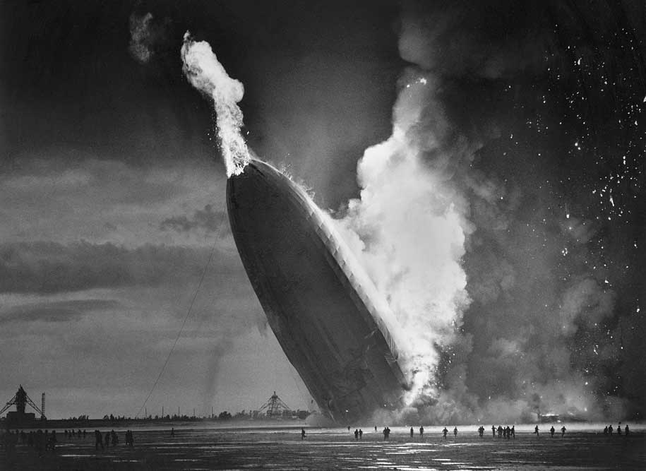 http://www.mobgenic.com/wp-content/uploads/2013/10/Hindenburg-Disaster-May-6-1937-BW.jpg