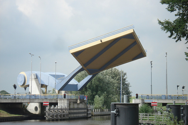 Jembatan Slauerhoffbrug Belanda 3