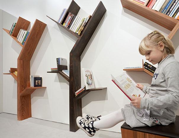 desain lemari buku kreatif booktree 3