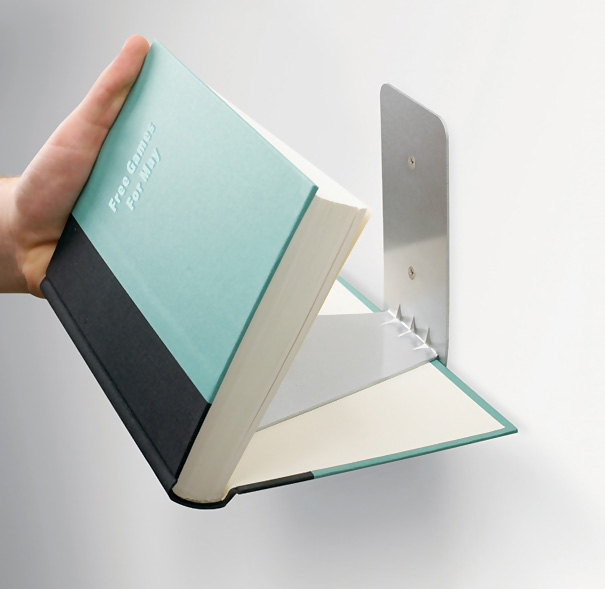 desain lemari buku kreatif invisible book shelf 2