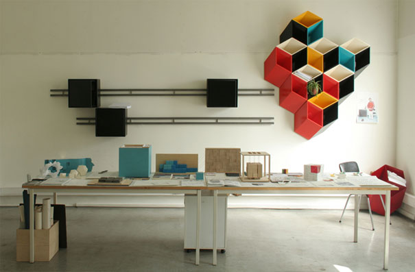 desain lemari buku kreatif second and half 3