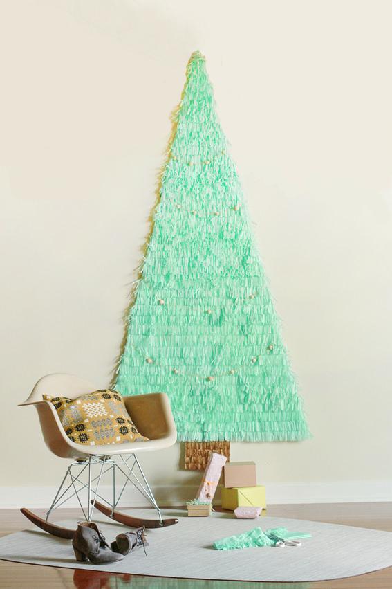 10 Kreasi Unik dan Kreatif Membuat Pohon Natal Sendiri