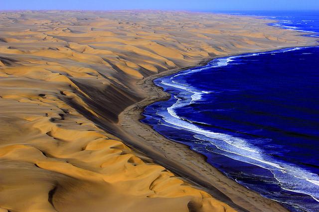 situs warisan dunia unesco sand sea gurun namibia 1