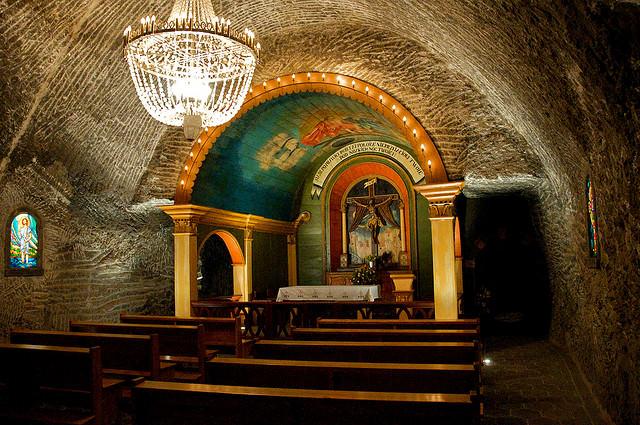 situs warisan dunia unesco wieliczka and bochnia salt mines 2