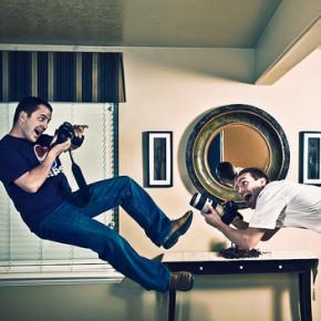 Foto Levitasi - Contoh dan Tutorial Membuat Foto Melayang
