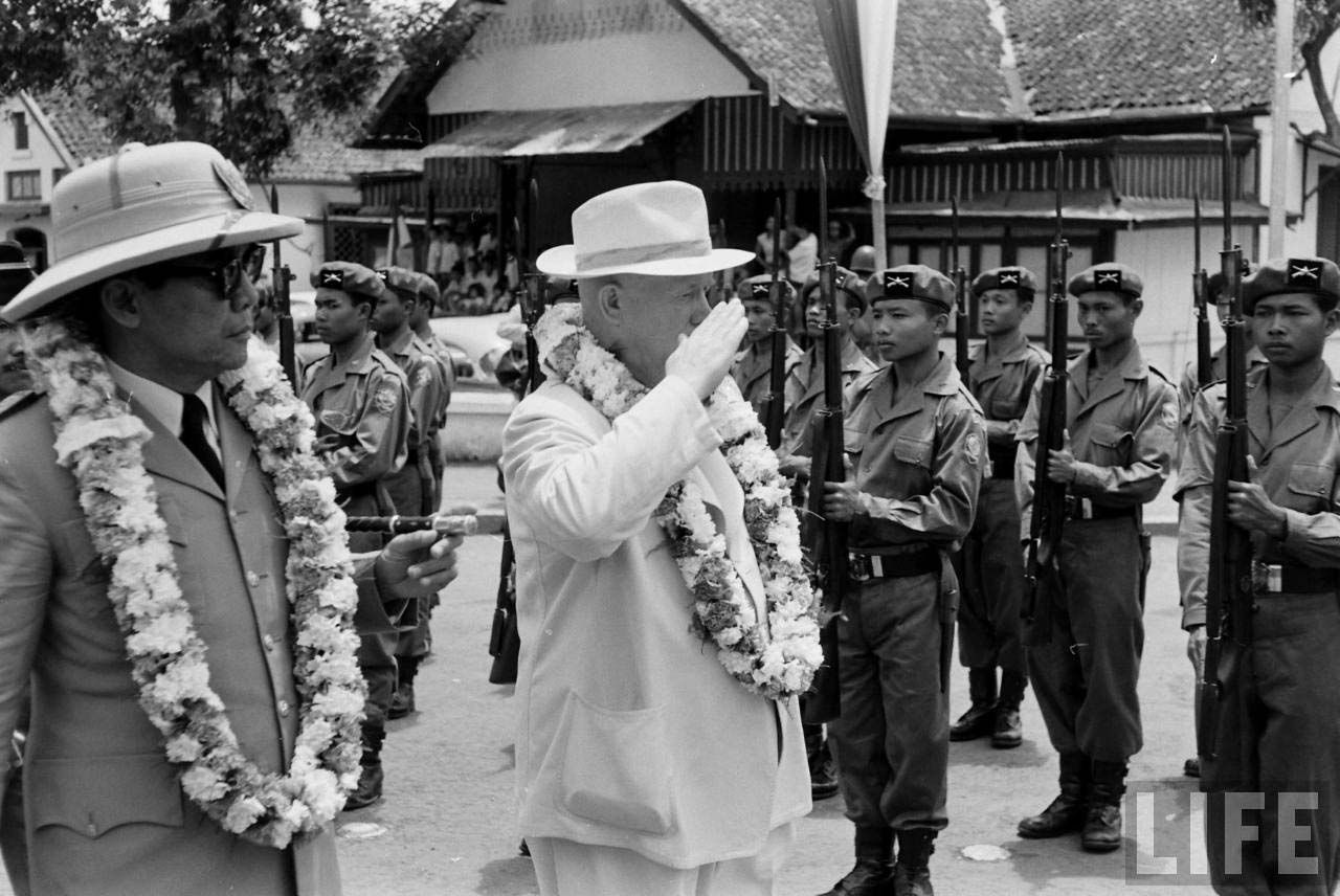 soekarno nikita khrushchev kunjungan bali indonesia 2