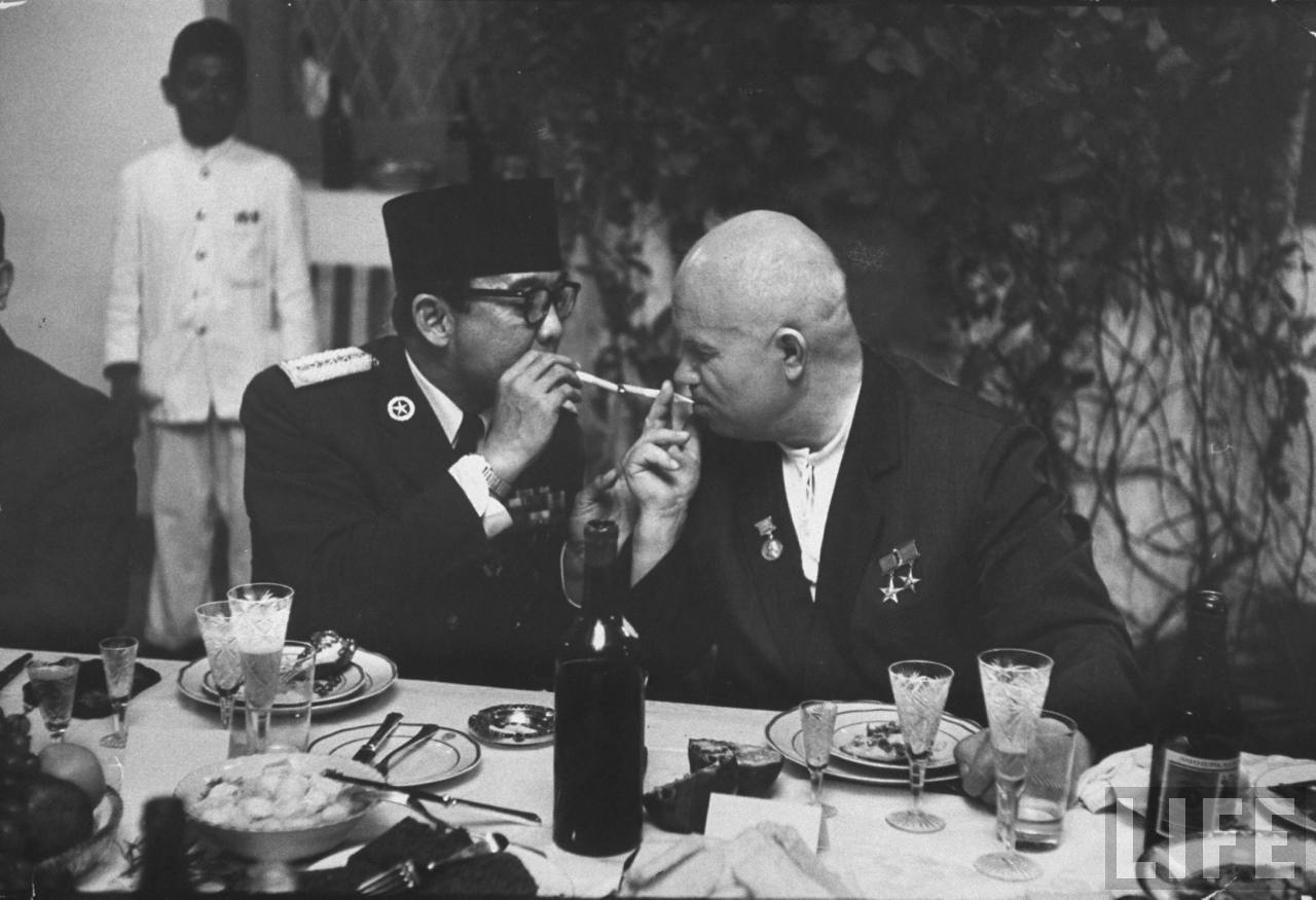 soekarno nikita khrushchev kunjungan bali indonesia 5
