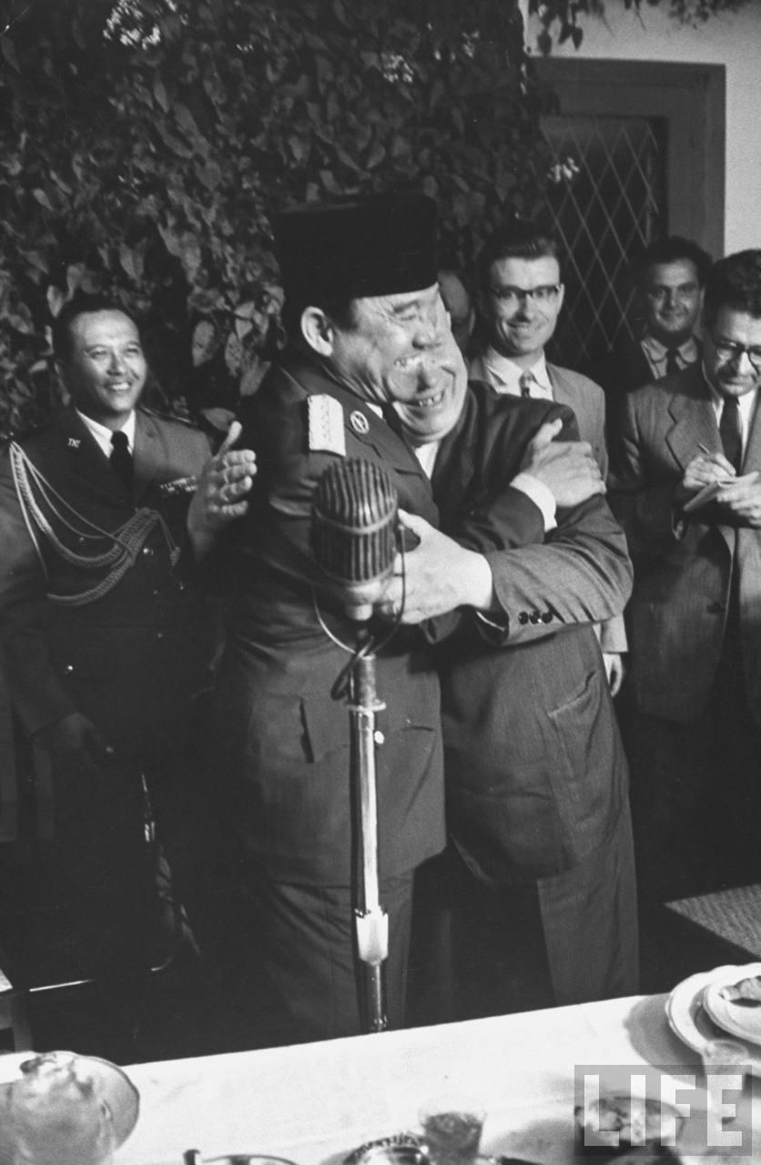 soekarno nikita khrushchev kunjungan bali indonesia 7