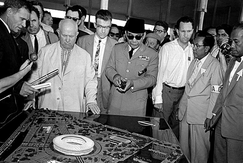 soekarno nikita khrushchev kunjungan uni soviet 2