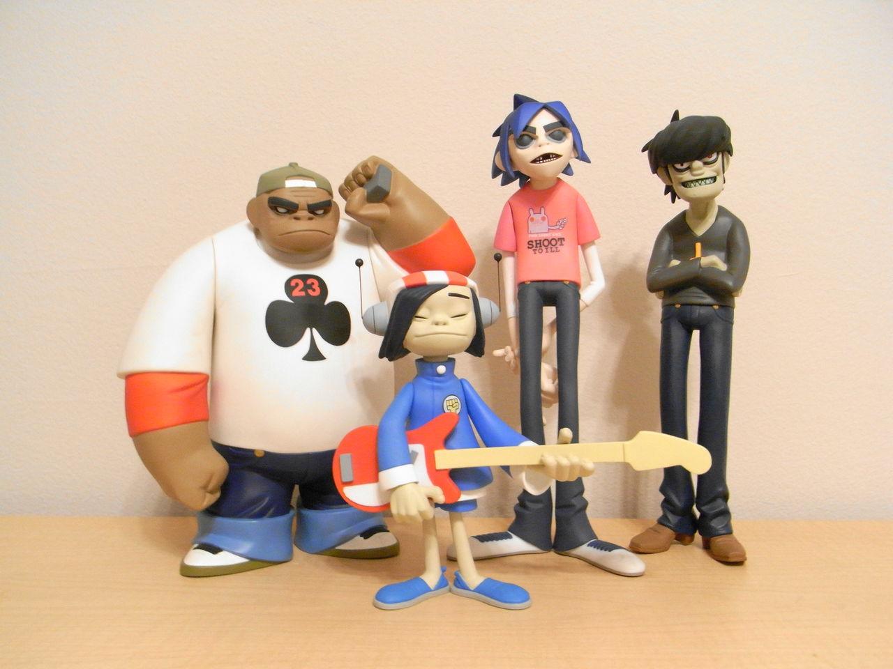 urban vinyl toys gorillaz
