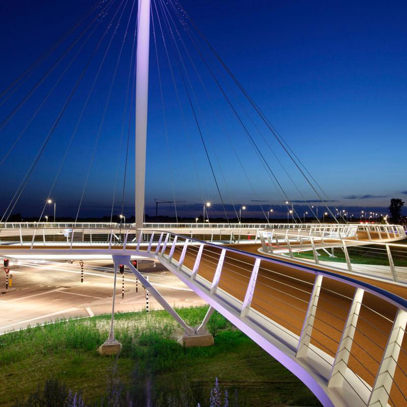 jembatan sepeda hovenring belanda 3