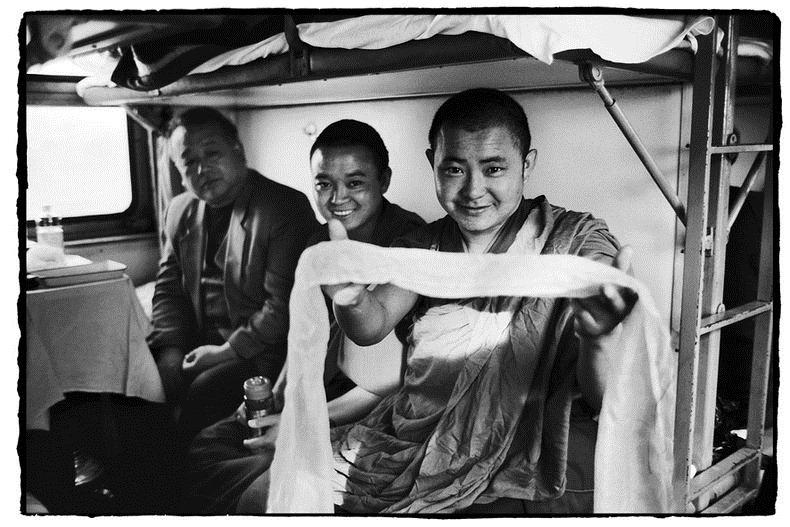 Potret Kemiskinan Warga China Diatas Kereta Api_17