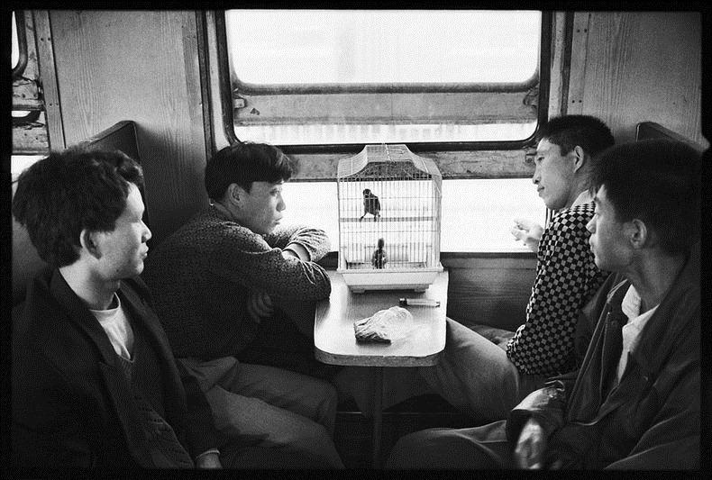 Potret Kemiskinan Warga China Diatas Kereta Api_18