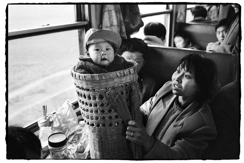 Potret Kemiskinan Warga China Diatas Kereta Api_20