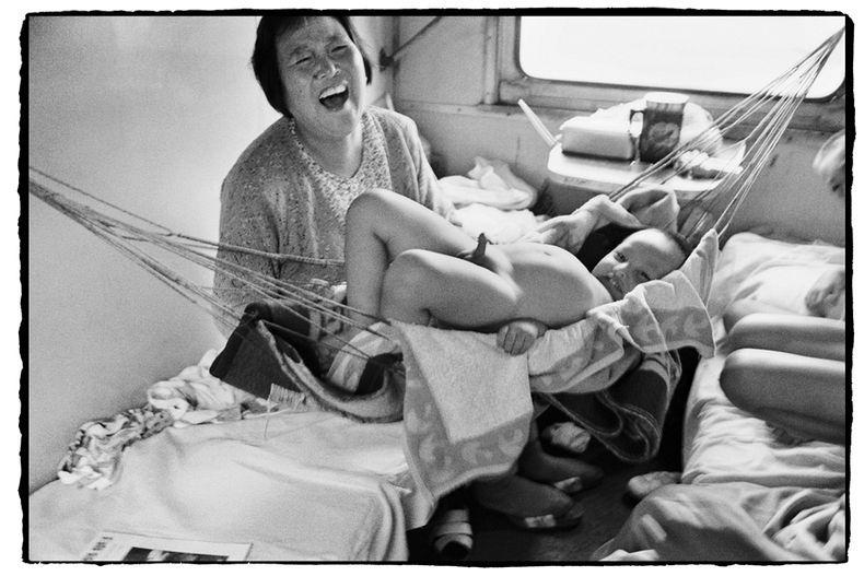 Potret Kemiskinan Warga China Diatas Kereta Api_22
