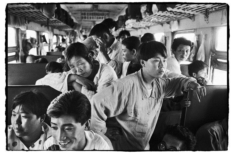 Potret Kemiskinan Warga China Diatas Kereta Api_23
