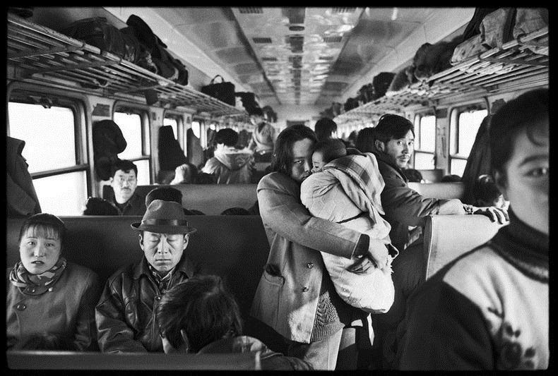 Potret Kemiskinan Warga China Diatas Kereta Api_5