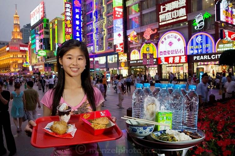 Ringkasan Buku What I Eat Around the World in 80 Diets_14