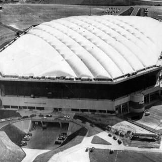 Jejak Sejarah Stadion Pontiac Silverdome