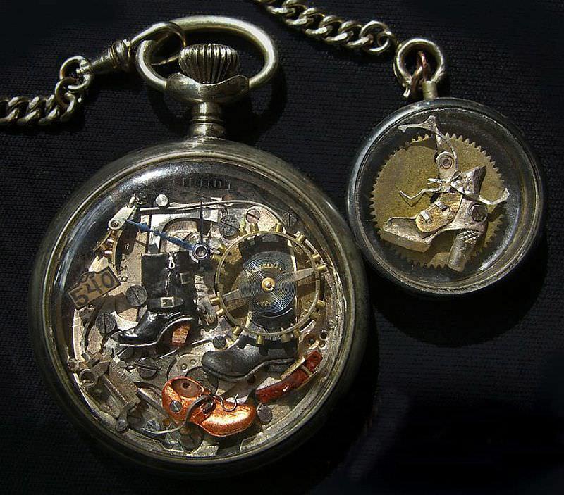 kreasi dari komponen jam bekas 17