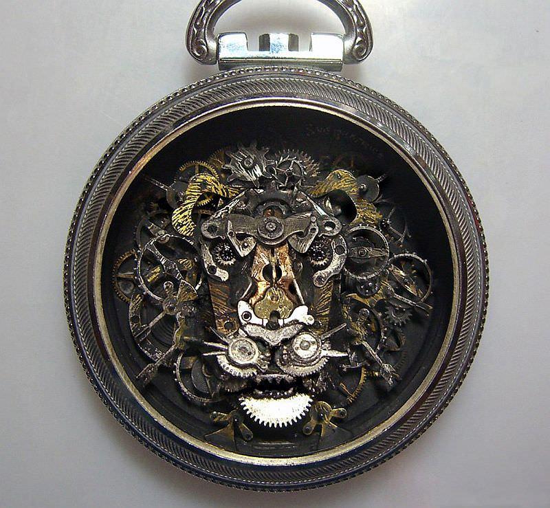 kreasi dari komponen jam bekas 22