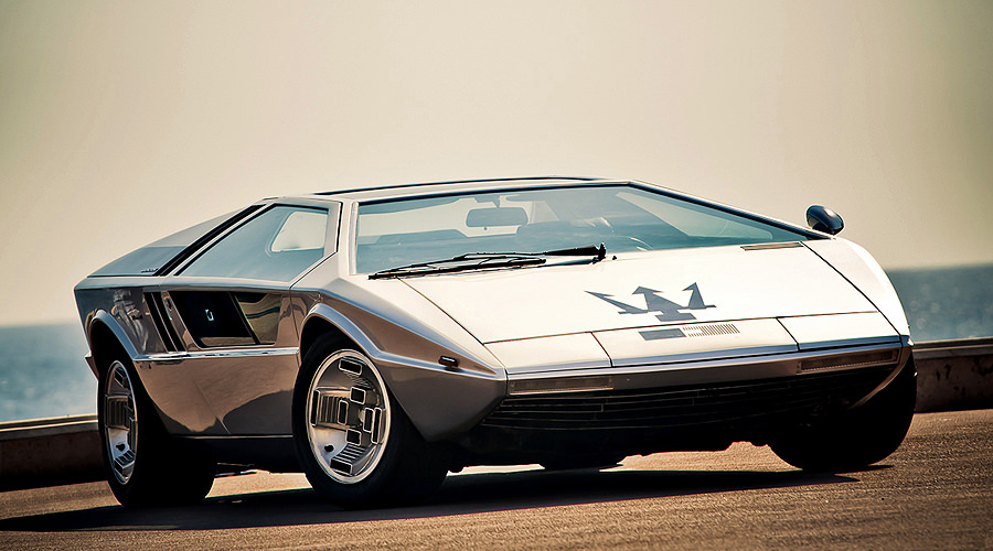 maserati boomerang retro classic car 01